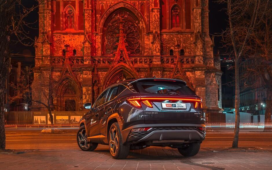 Тест-драйв Hyundai Tucson: Порушник спокою   БУГ АВТО - фото 27